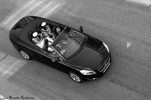 people_20130611_studentcar