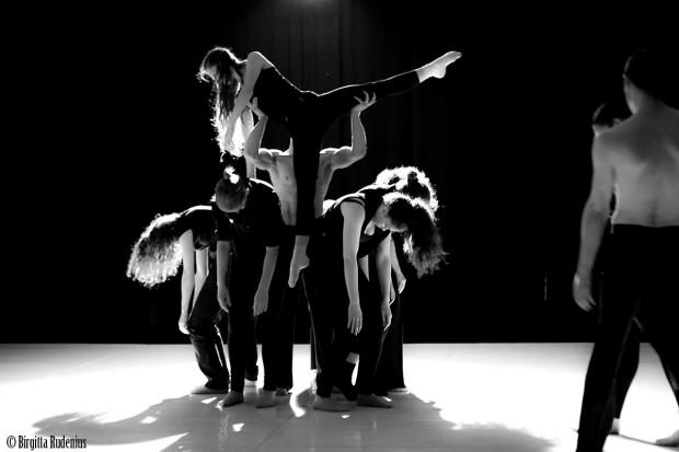Budapest Dancers