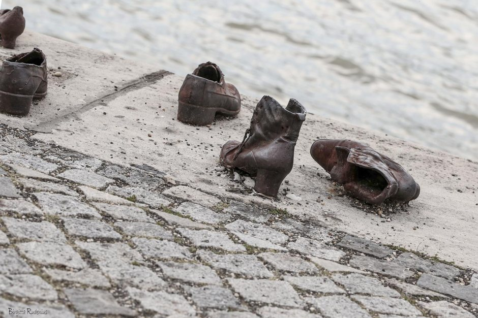 Memorial shoes in Budapest