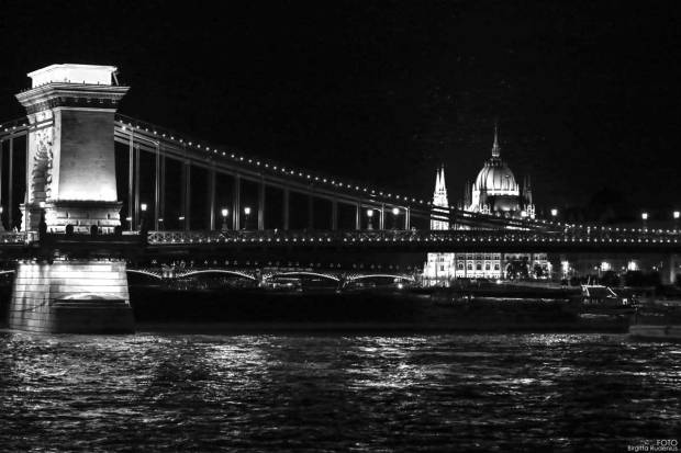 BW - View Chain Bridge and Parliament, Budapest