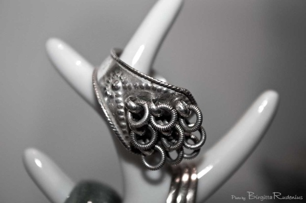 Nordic wedding ring in silver