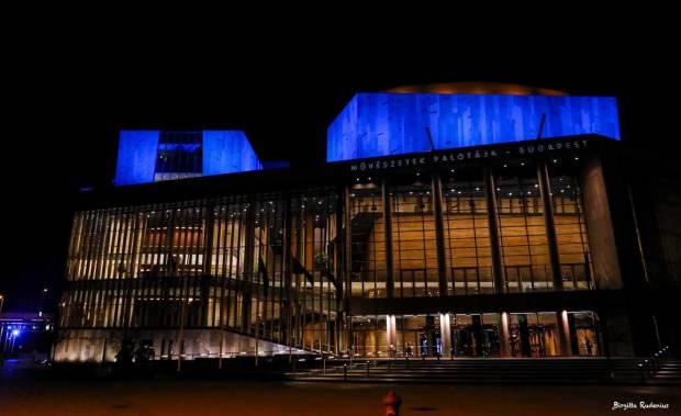 MÜPA - Theatre that change colors Budapest