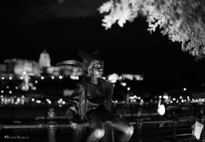Black & White Statue Little Princess.