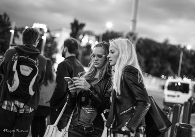 Street Photo - Girls.
